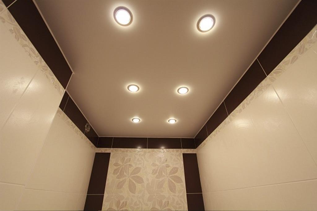Купить натяжной потолок в туалет в Туле: установка, цена